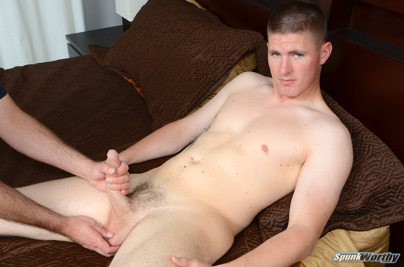 SpunkWorthy-Eli-Straight-Marine-Gets-A-Hand-Job-Fleshlight-from-A-guy-Amateur-Gay-Porn-06 Straight Marine Gets His First Hand Job From Another Guy