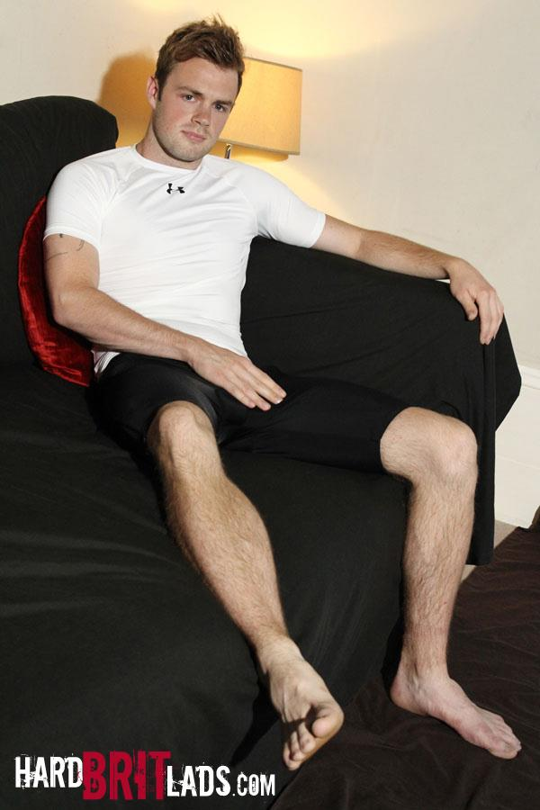 Hard-Brit-Lads-Ty-Bamborough-Hairy-Young-Guy-Jerking-Off-Big-Long-Cock-Amateur-Gay-Porn-01.jpg