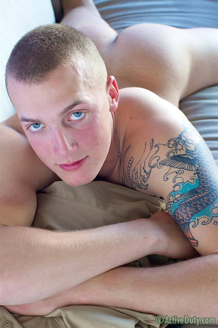 Active-Duty-Austin-Muscle-Marine-With-A-Big-Cock-Jerking-Off-In-Uniform-Amateur-Gay-Porn-14 Hung Muscle Marine Jerking His Big Cock in Uniform