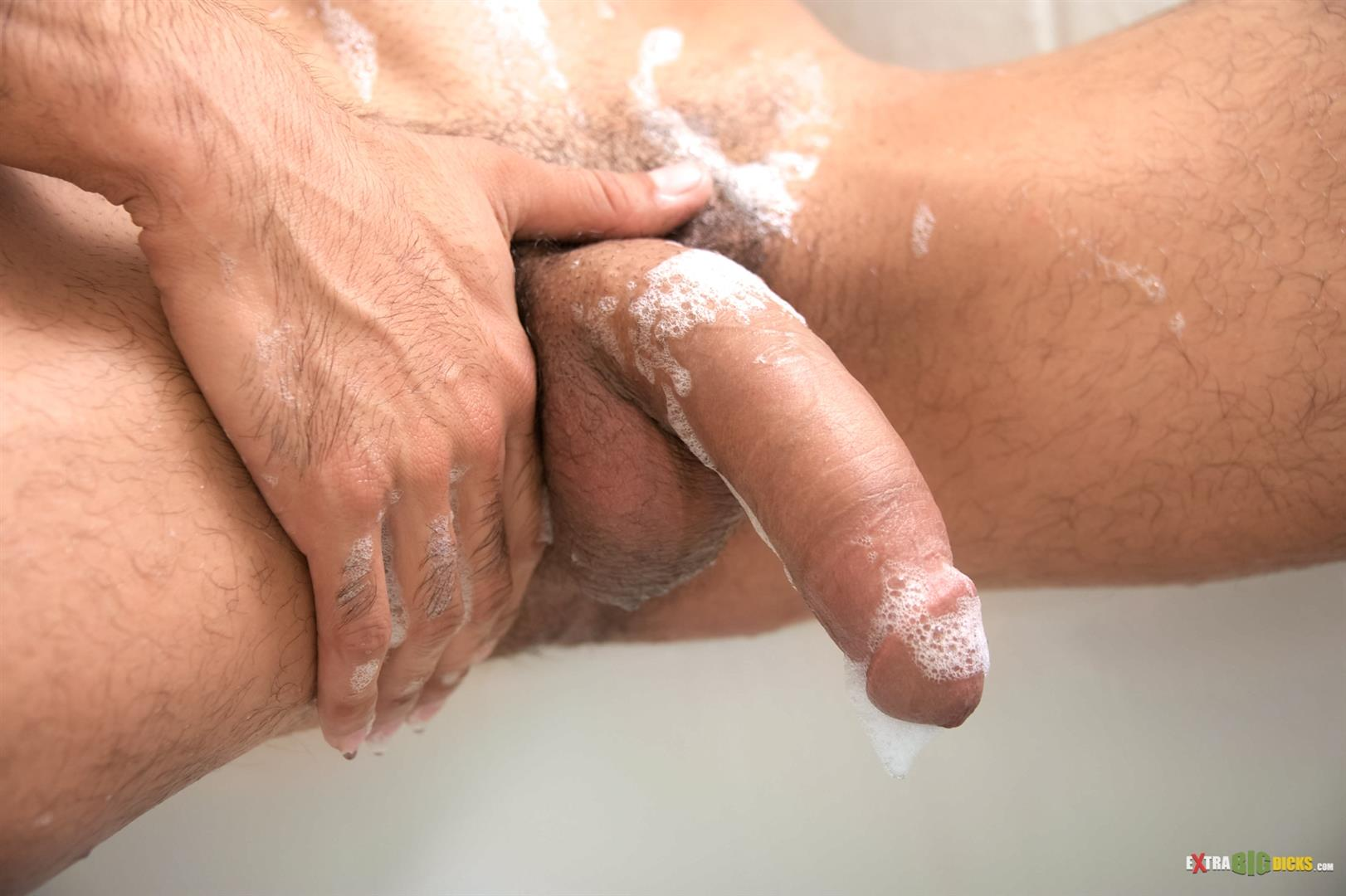 Extra Big Dicks Bobby Hart Hunk Jerking off Huge Cock in the Bathtub Amateur Gay Porn 06 Amateur Hunk Taking A Bubble Bath Jerking His Huge Cock