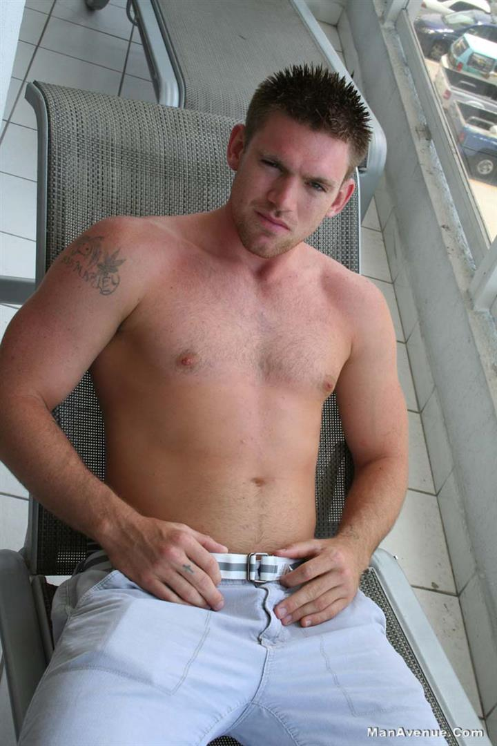 Man-Avenue-Jeremy-Ace-Muscle-Hunk-With-Big-Cock-Jerking-Off-On-Hairy-Chest-Amateur-Gay-Porn-01.jpg
