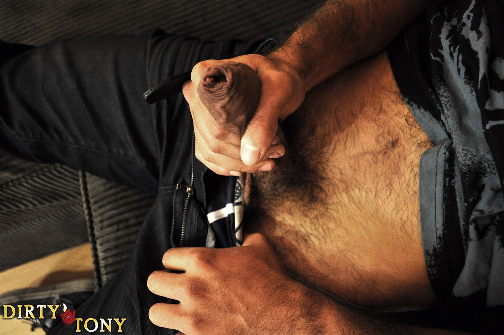 Dirty-Tony-ALEX-CANON-Hairy-Muscle-Guy-Jerking-A-Huge-Uncut-Cock-Amateur-Gay-Porn-03 Amateur Hairy Muscle Stud Playing With His Big Uncut Cock