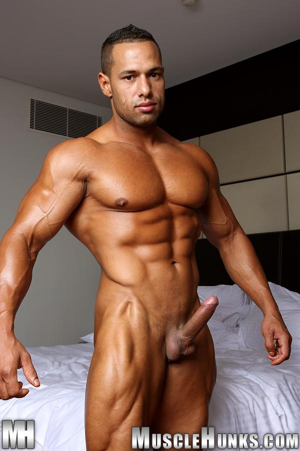 MuscleHunks-Cosmo-Babu-Naked-Bodybuilder-Stroking-A-Huge-Cock-Amateur-Gay-Porn-08 Huge Professional Bodybuilder Shows And Strokes His Huge Cock