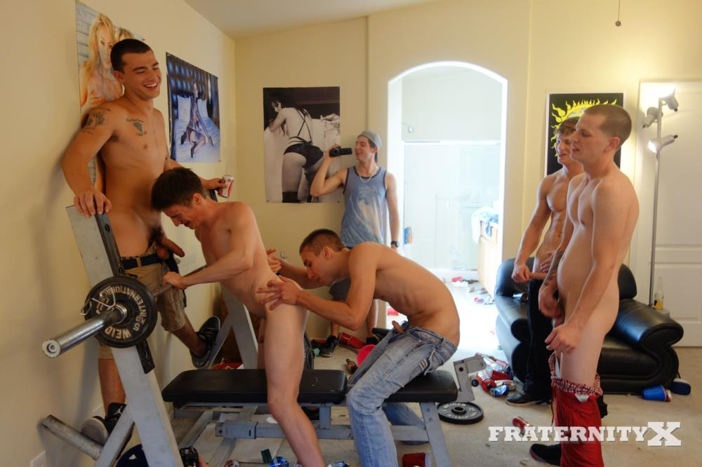Fraternity-X-Matt-Frat-Guys-Line-up-to-Bareback-A-freshman-ass-BBBH-Amateur-Gay-Porn-25 Real Fraternity Guys Line Up To Bareback A Freshman Ass