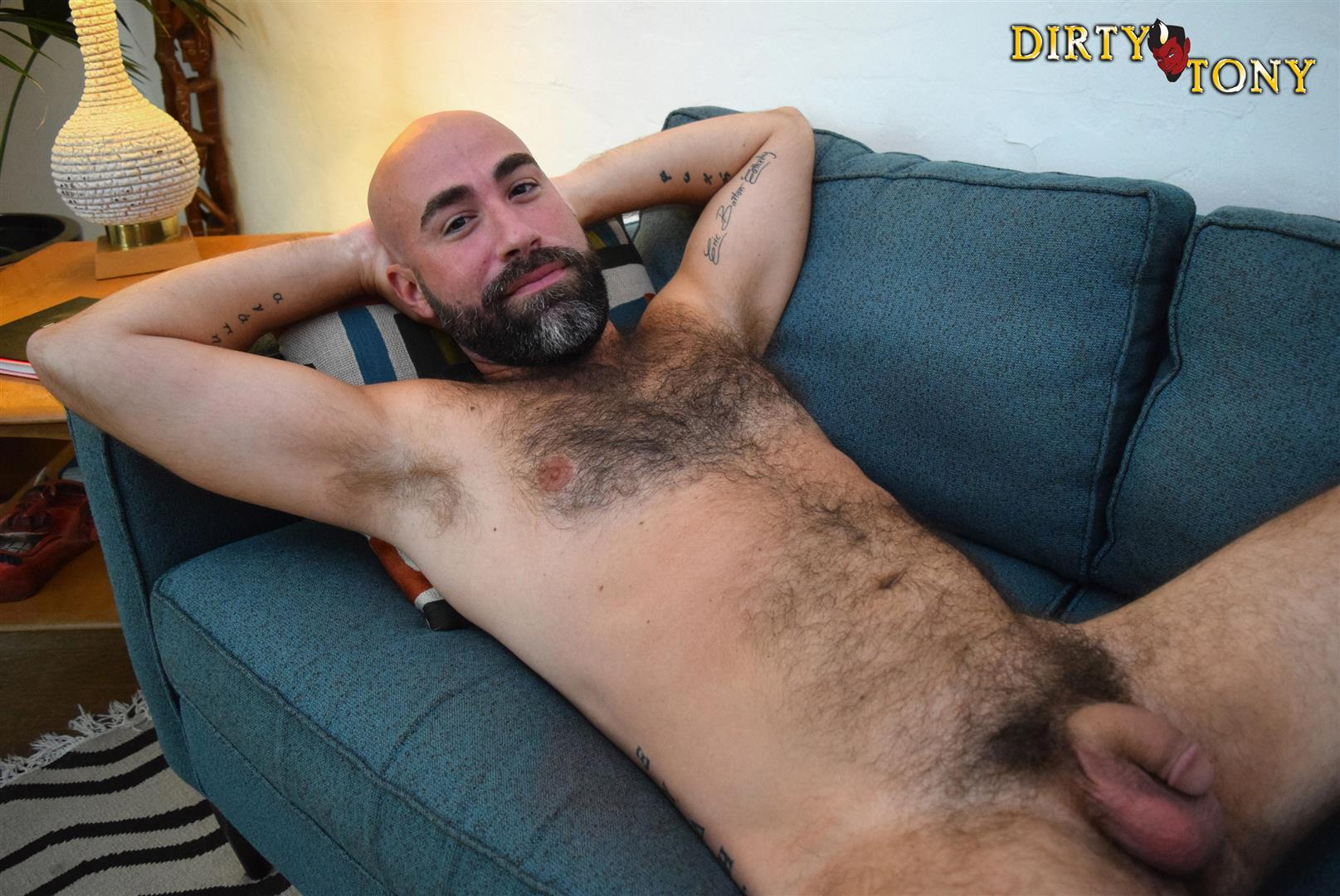 Dirty-Tony-Damon-Andros-Hairy-Otter-With-A-Thick-Cock-Amateur-Gay-Porn-04 Jocked Up Furry Otter Stroking His Thick Cock