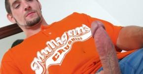 Straight-Naked-Thugs-Tim-Hurley-Naked-Redneck-Stroking-Big-Cock-Amateur-Gay-Porn-03.jpg