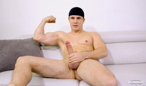 Maskurbate-Ricky-Muscl-Jock-Stroking-His-Big-Uncut-Cock-Amateur-Gay-Porn-10.jpg